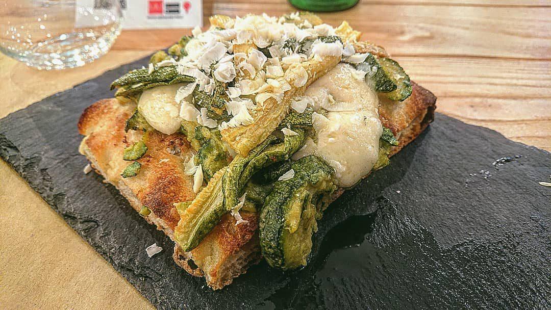 La pizza in pala con le zucchine di Salvatore Kosta