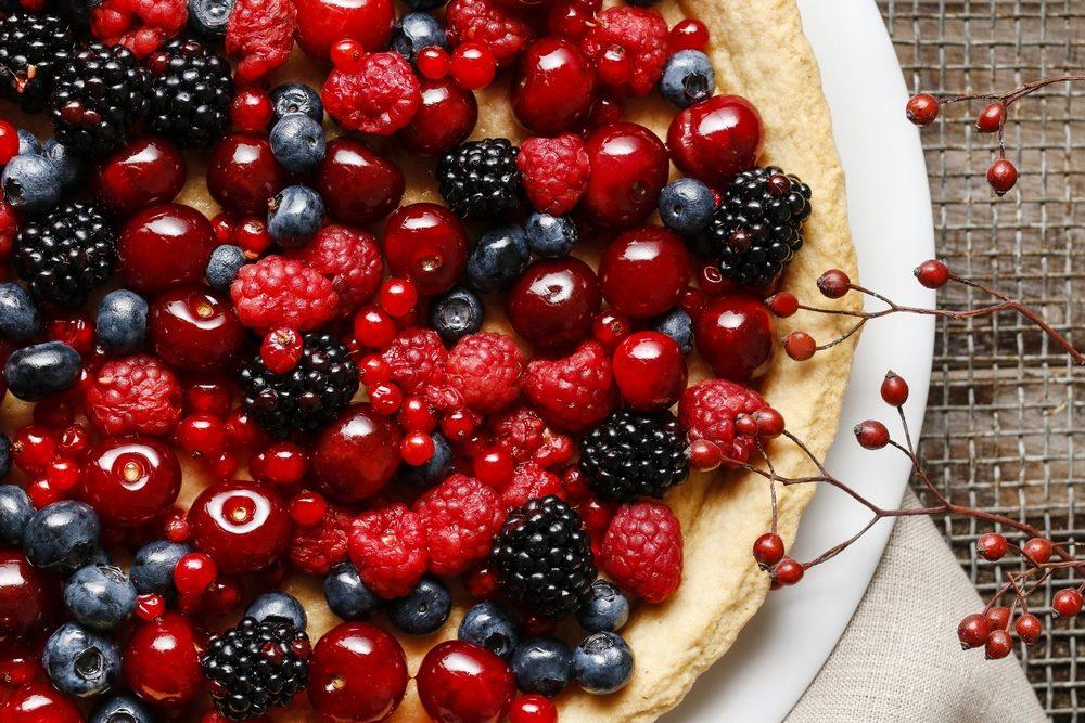 Ricette con i frutti di bosco: 10 dolci semplici e golosi adatti a tutti