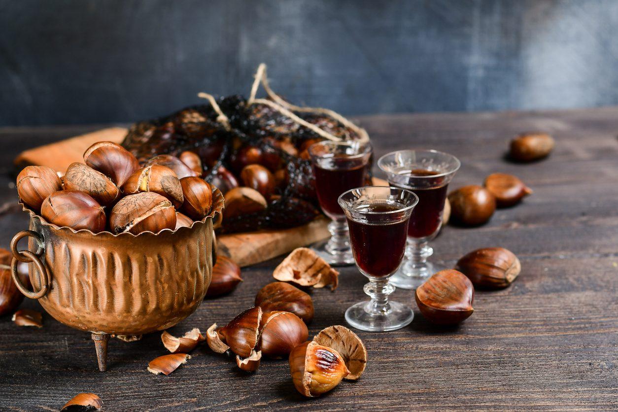 Liquore di castagne: la ricetta del liquore autunnale ottimo come digestivo