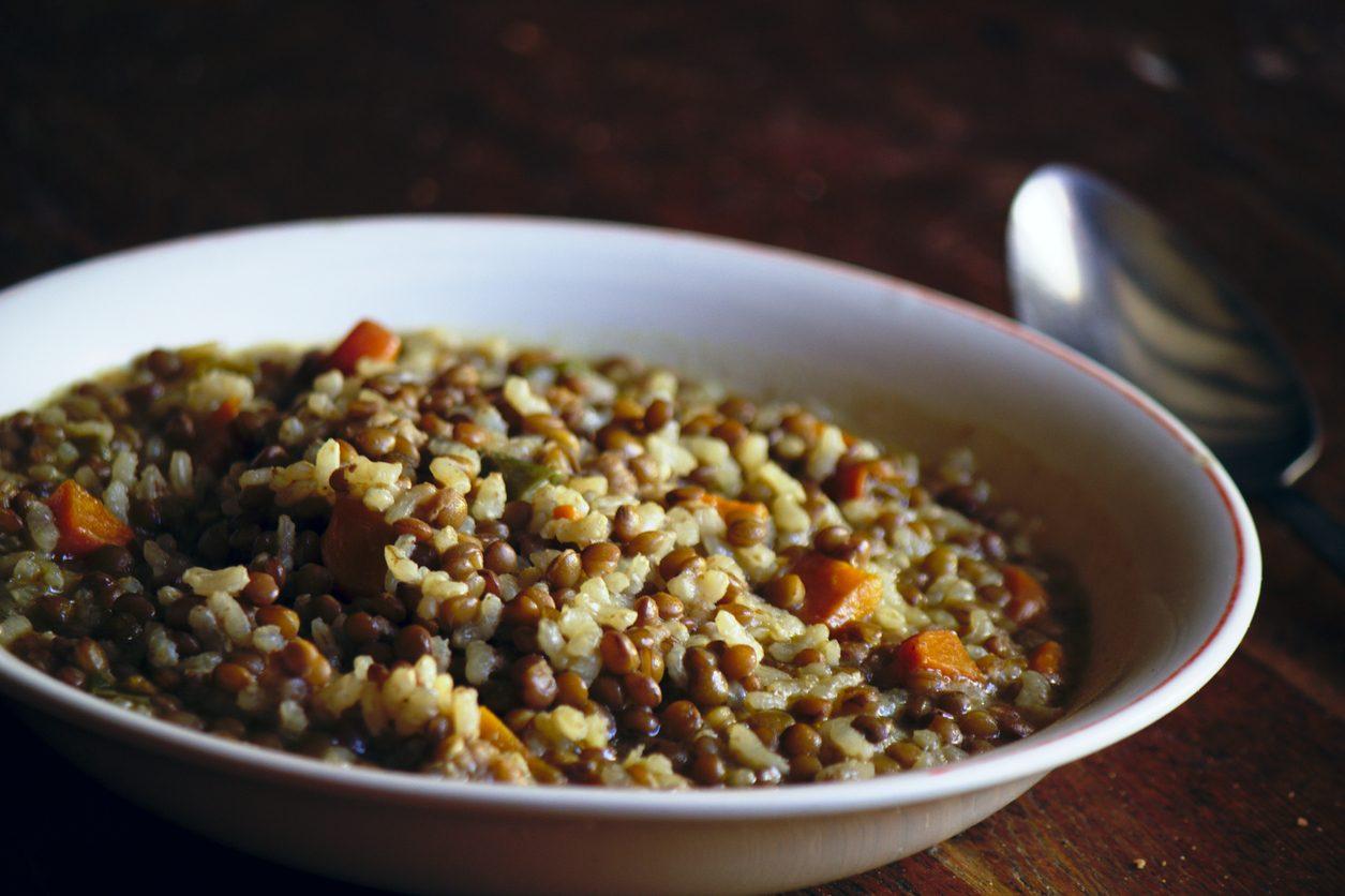 Riso e lenticchie: la ricetta della minestra semplice e nutriente
