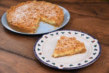 Sbriciolata con crema alla vaniglia: la ricetta del dolce facile e delizioso
