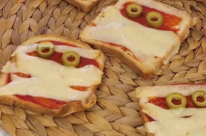 Toast mummia: la ricetta dell'antipasto di Halloween veloce e sfizioso