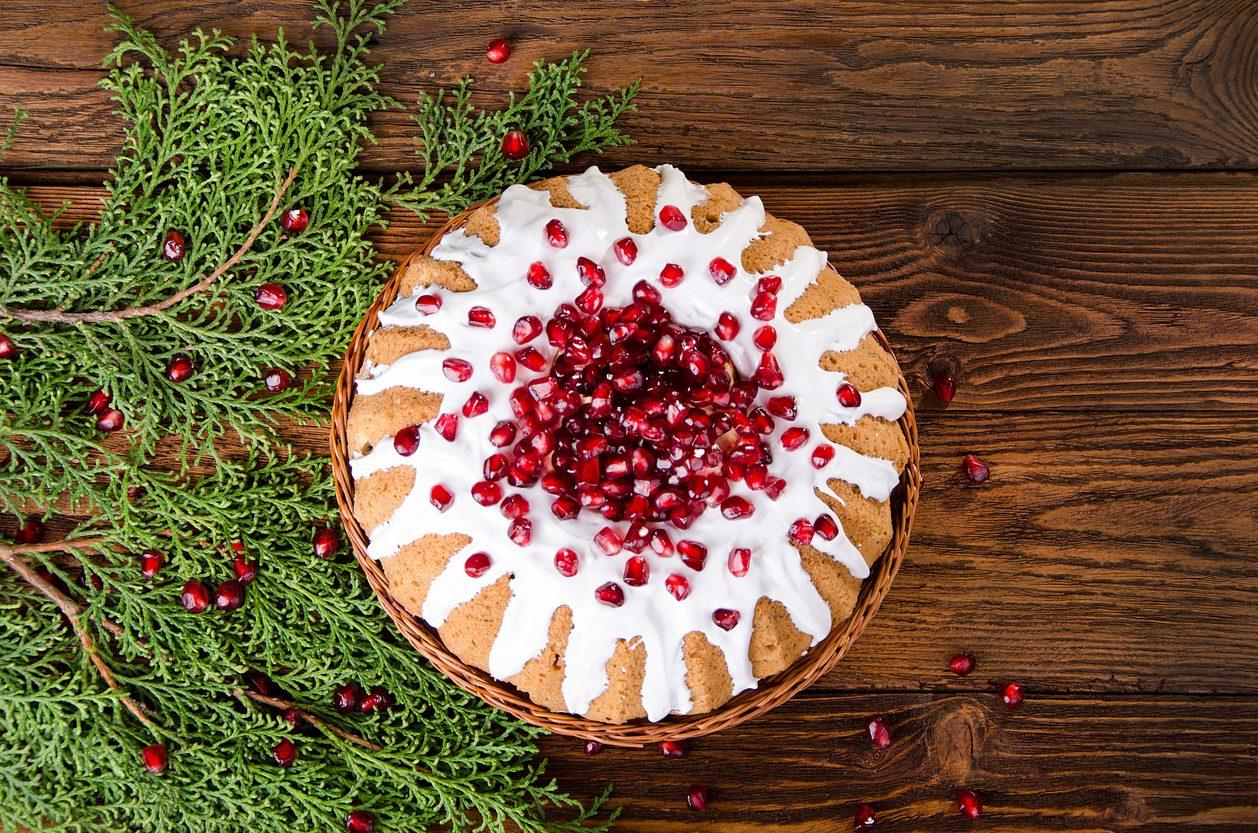 Torta al melograno: la ricetta del dolce soffice e profumato