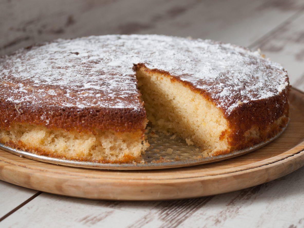 Torta di mele grattugiate: la ricetta del dolce soffice e facile da preparare