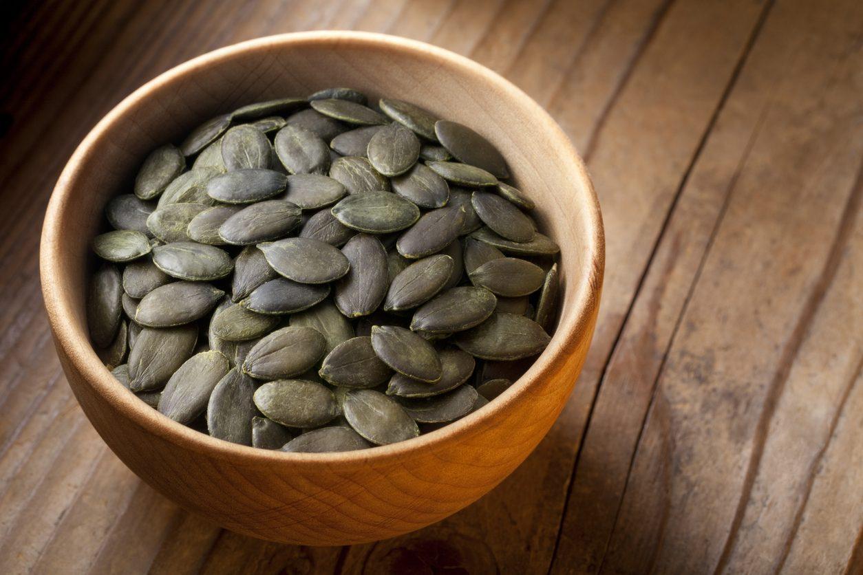 Come tostare i semi di zucca: tre metodi per renderli croccanti e dorati