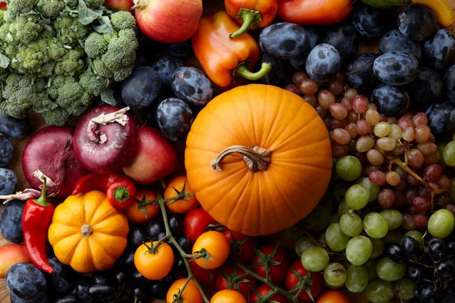 Cosa comprare al mercato a ottobre: verdura, frutta e pesce di stagione