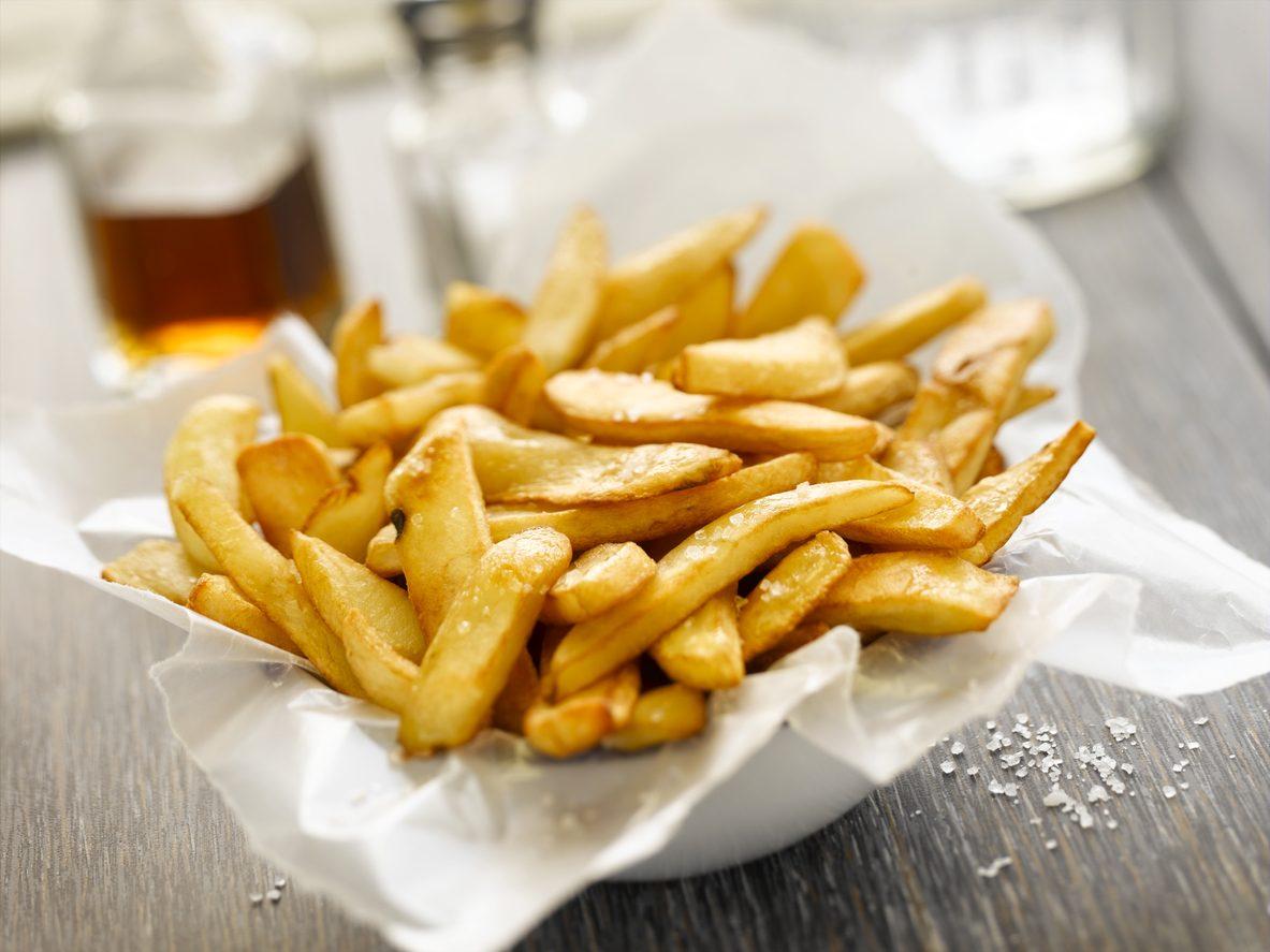 Patatine fritte, gli errori da non fare per averle croccanti e asciutte