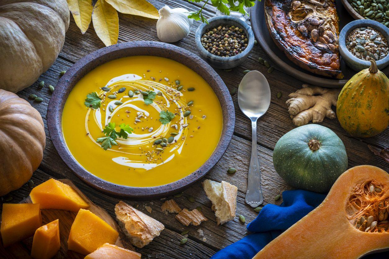 Creme e vellutate d'autunno: trucchi e ricette per cucinare il comfort food per eccellenza