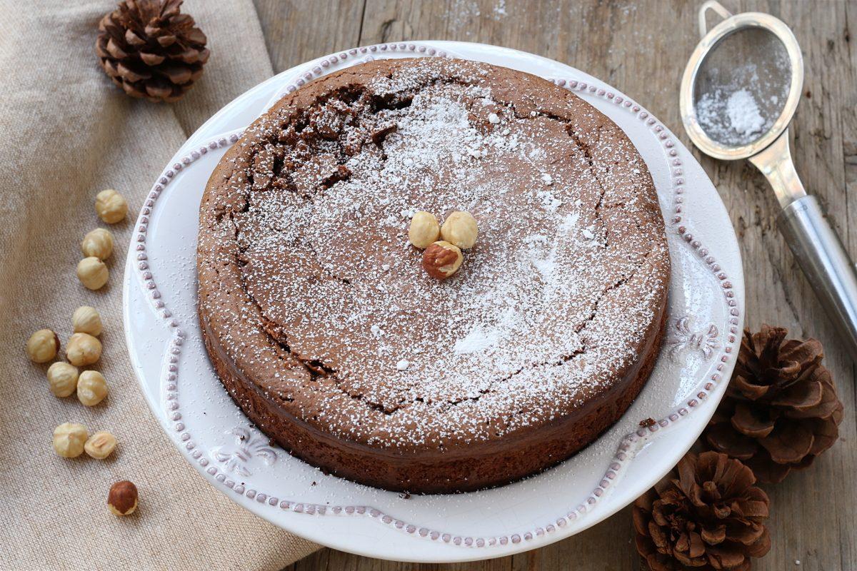 Caprese di nocciole: la ricetta della variante del celebre dolce campano