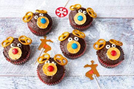 Muffin renna di Natale: la ricetta dei dolcetti natalizi golosi e originali