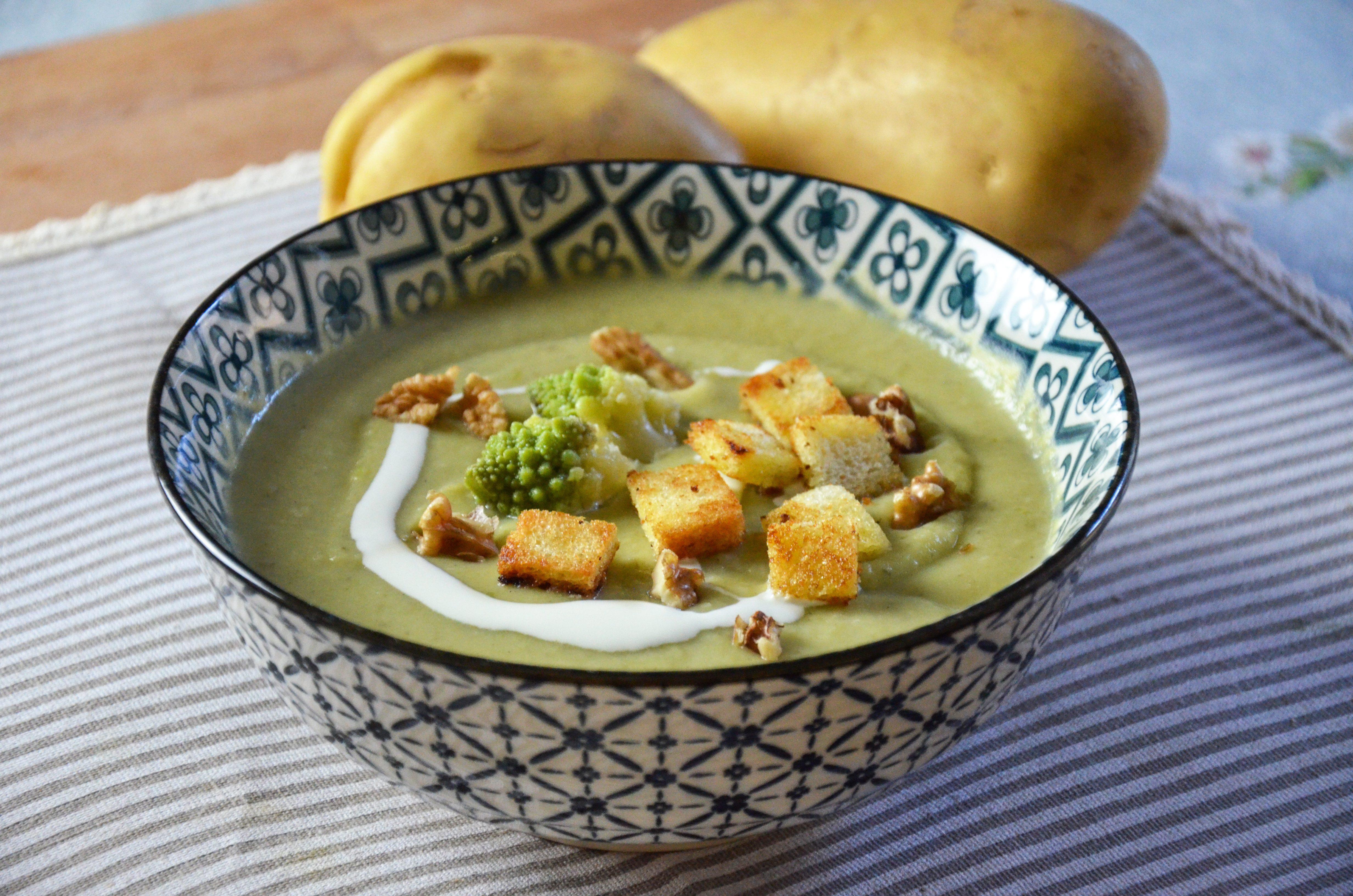 Vellutata di broccolo romano: la ricetta del piatto caldo e gustoso