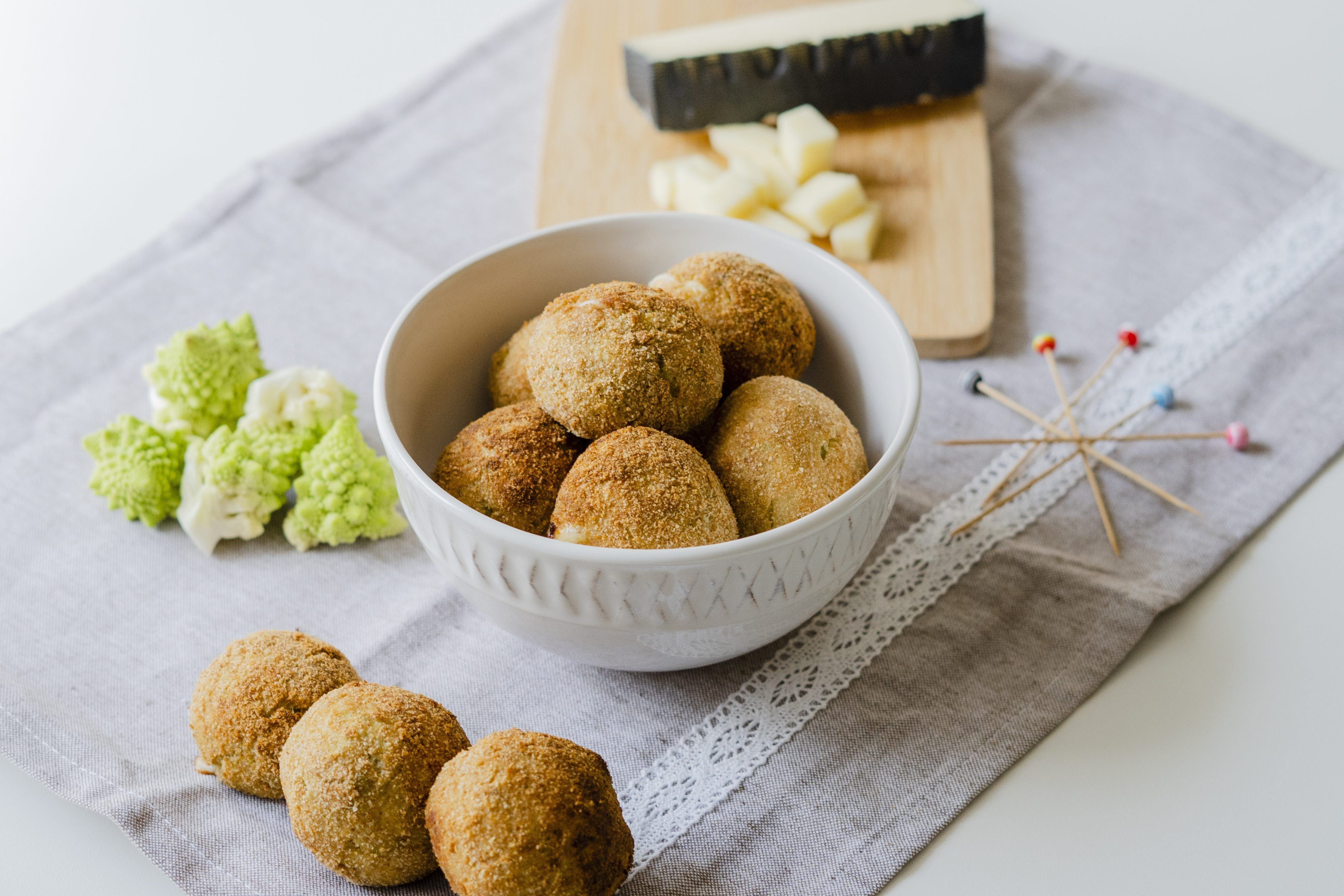 Polpette di broccolo romano: la ricetta del goloso antipasto vegetariano