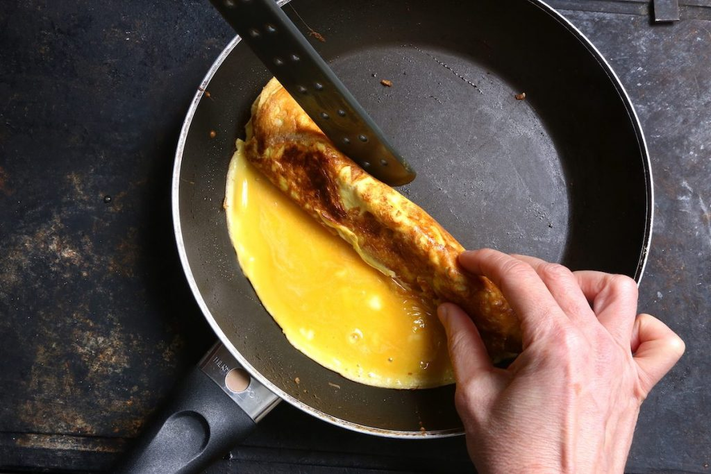 5_tamagoyaki_ arrotolare omelette © gooduria lab
