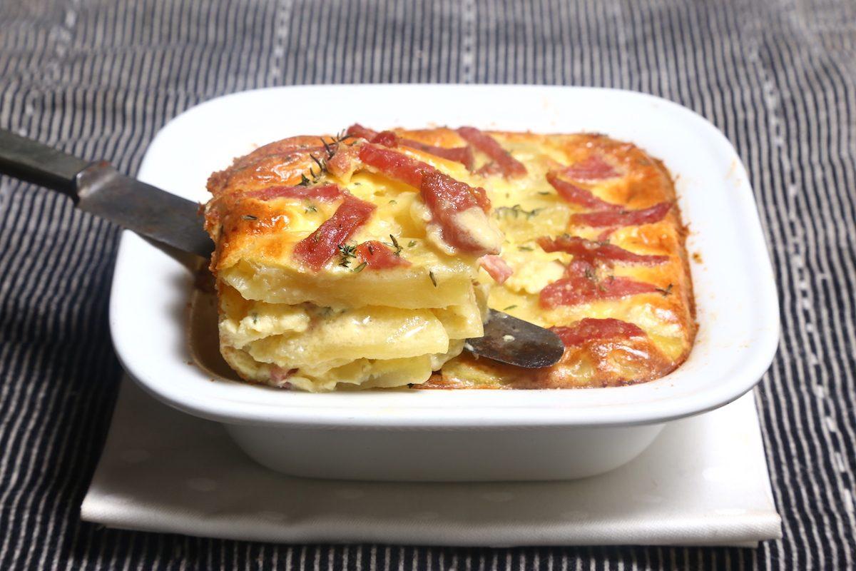 Sformato di patate e salame: la ricetta del piatto ricco e saporito