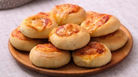 Pizzette Danubio: la ricetta delle pizzette soffici e sfiziose
