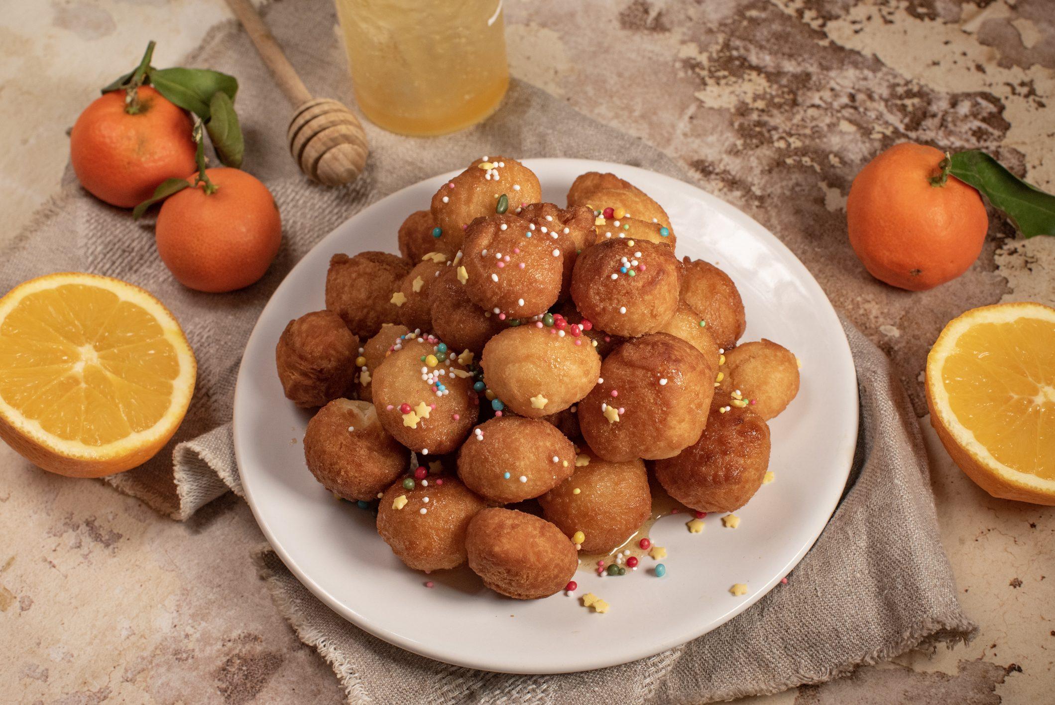 Purceddhruzzi: la ricetta dei dolcetti fritti tipici salentini
