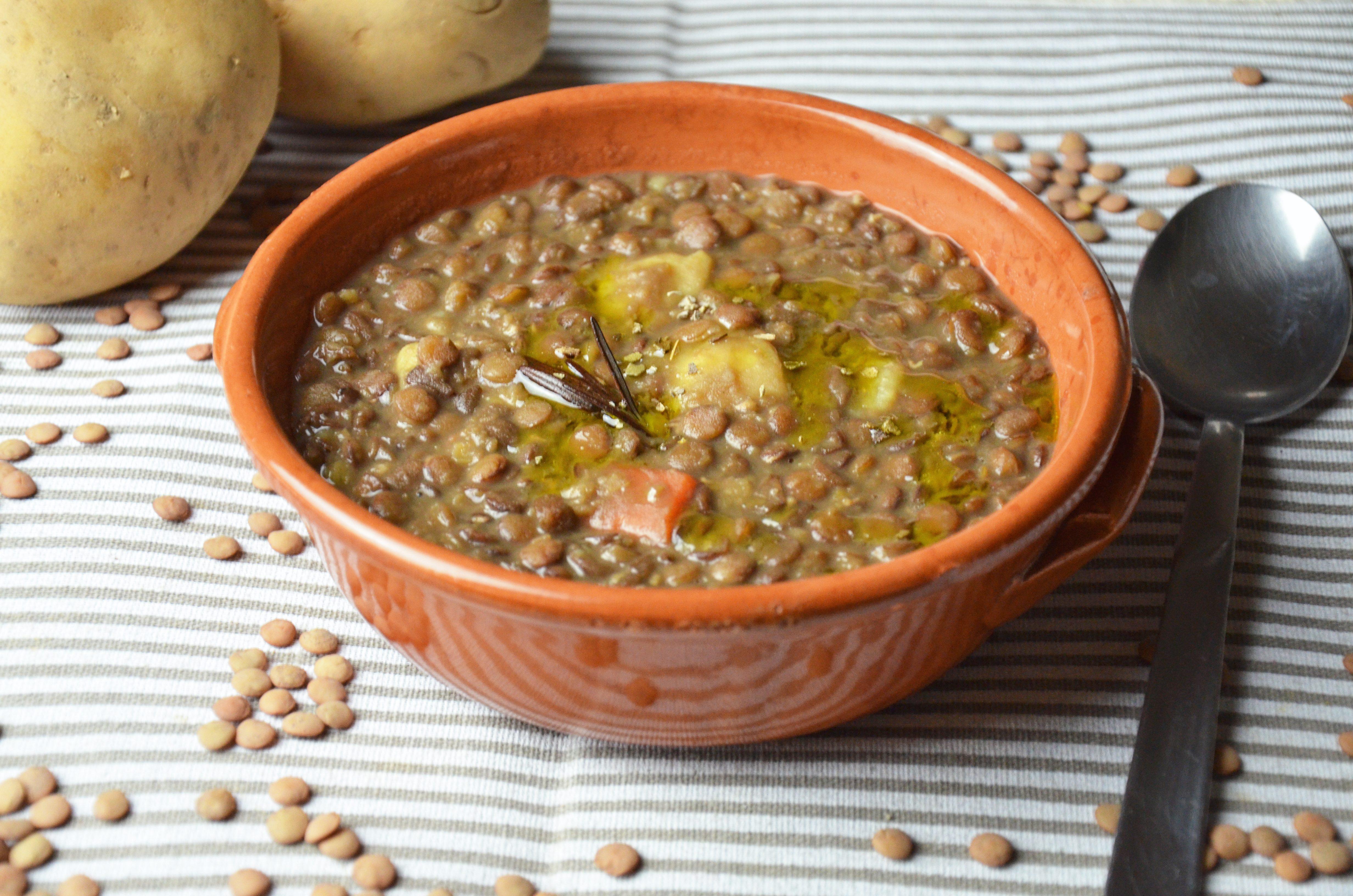 Zuppa Di Lenticchie E Patate La Ricetta Del Piatto Caldo E Nutriente