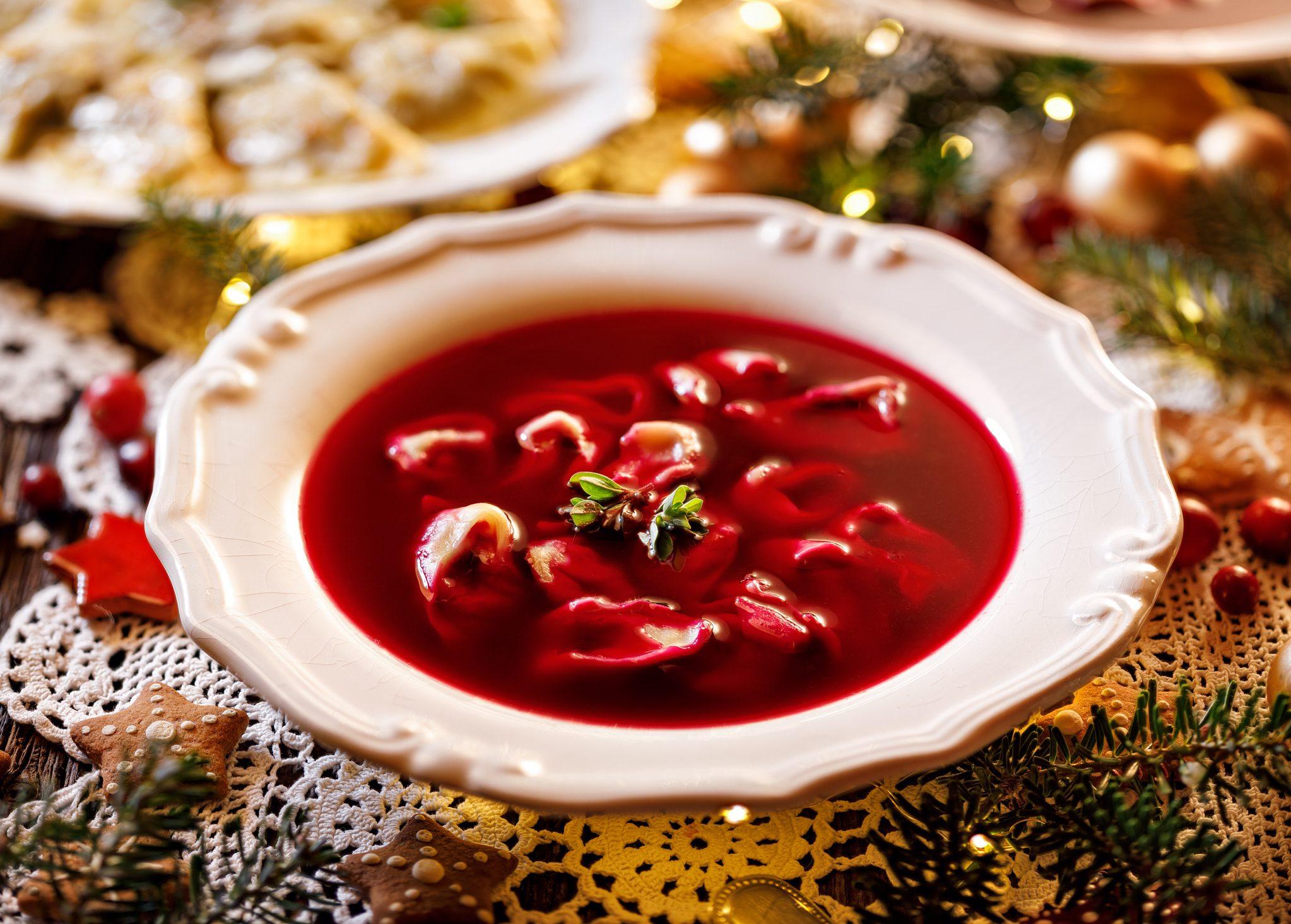 Il cenone infinito della vigilia di Natale in Polonia: 12 portate, tantissimo simbolismo