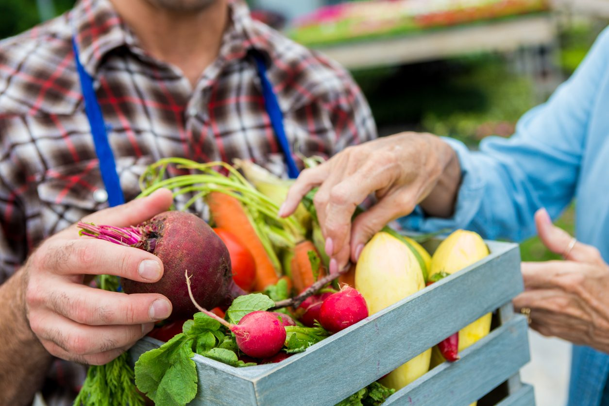 Cosa comprare al mercato a gennaio: verdura, frutta e pesce di stagione