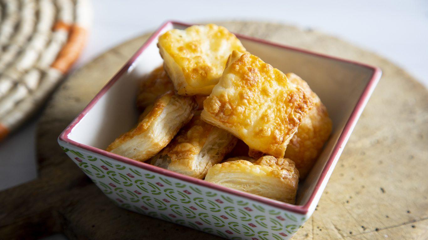 Come riutilizzare le croste dei formaggi stagionati: 5 idee antispreco