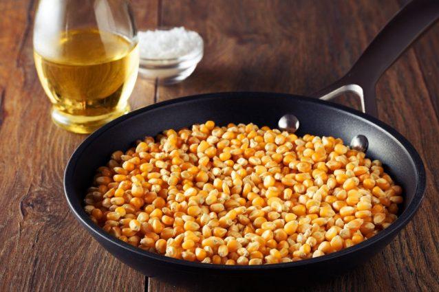 Come fa il chicco di mais a diventare pop-corn