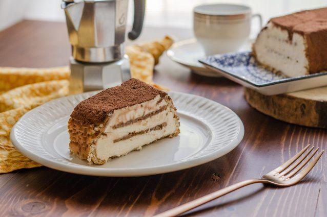 Torta di biscotti al tiramisù: la ricetta del dessert semplice e goloso