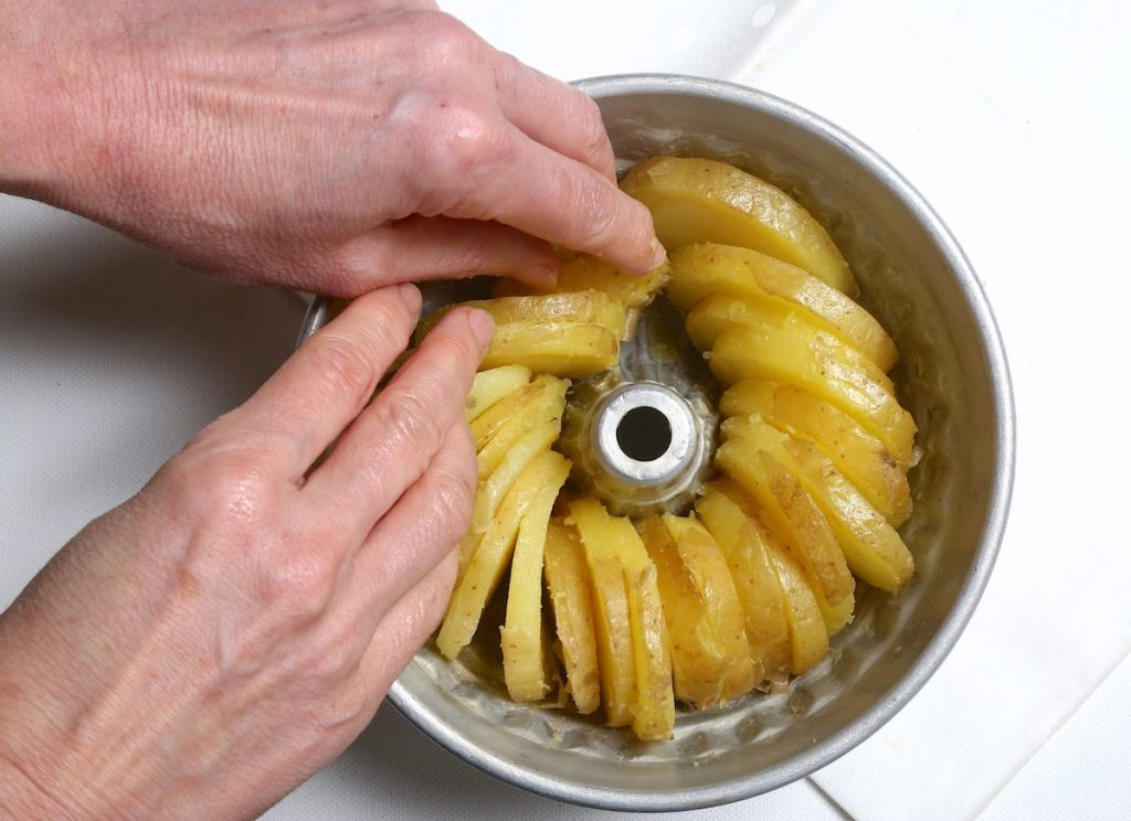 6_distribuire patate_patate in teglia @ gooduria lab