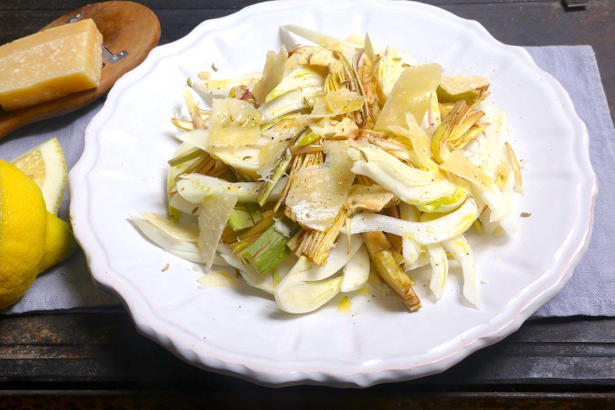 Insalata di finocchi e carciofi: la ricetta del contorno leggero e gustoso