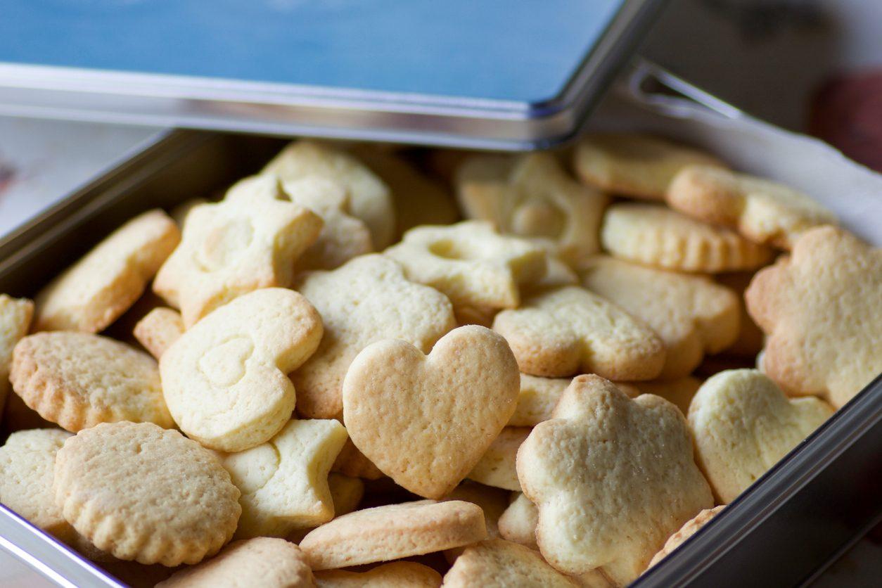 Biscotti con albumi: la ricetta dei biscotti semplici e friabili senza burro