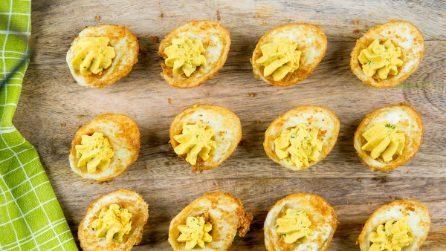 Uova sode fritte: la ricetta delle uova impanate e farcite semplici e deliziose
