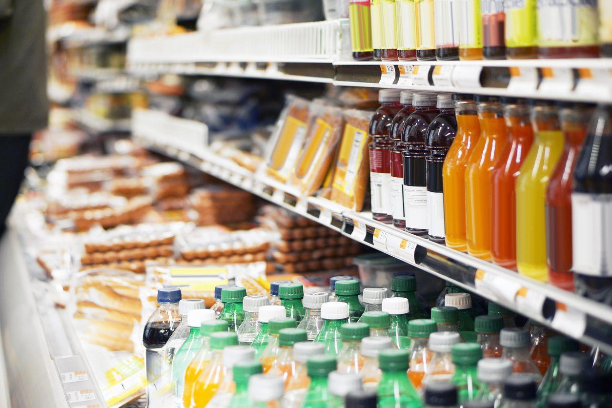 Alimenti processati: 10 prodotti d'uso quotidiano che contengono troppo zucchero