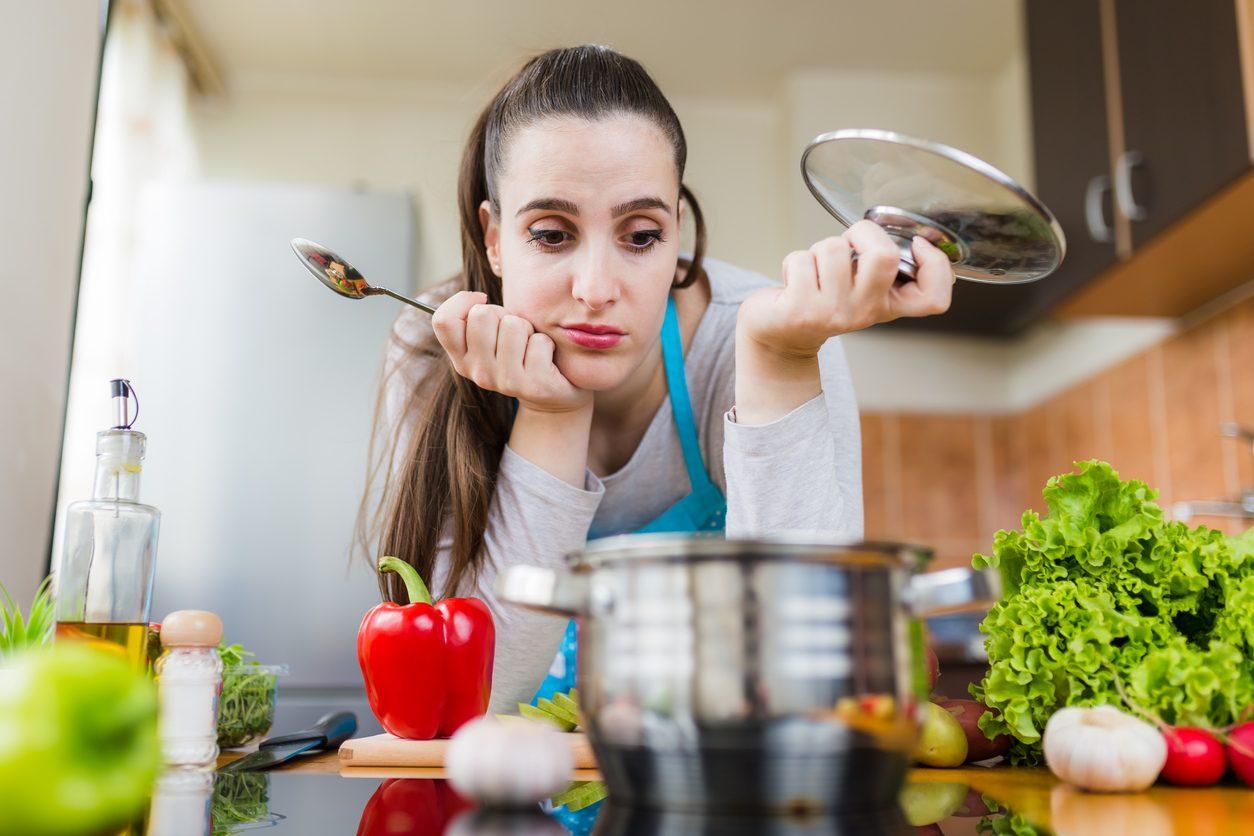 Disastri in cucina: gli errori più comuni e i trucchi per rimediare