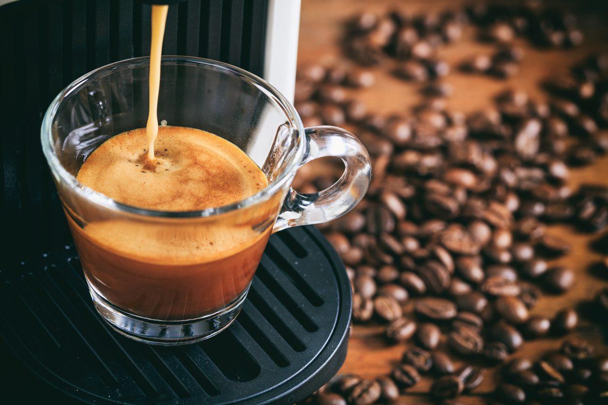 Coffee etiquette: le norme del galateo del caffè da seguire