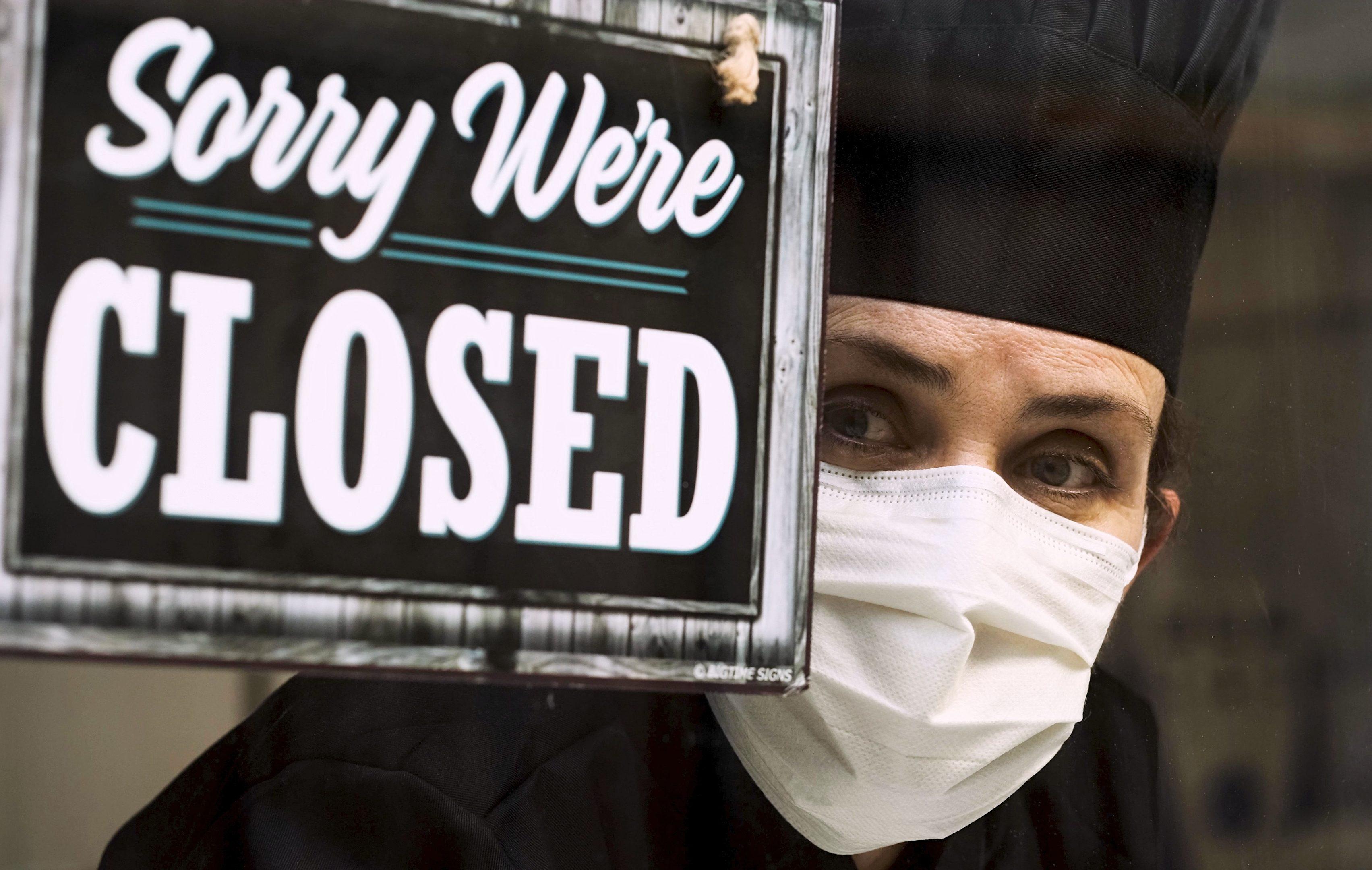 #IoApro: l'apertura forzata dei ristoranti il 15 gennaio, ma la Fipe contesta la protesta