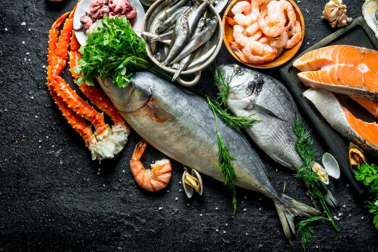 Come capire se il pesce è fresco: la guida all'acquisto