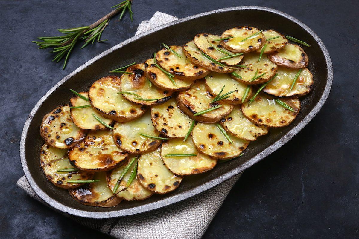 Patate alla piota: la ricetta del contorno tipico valtellinese