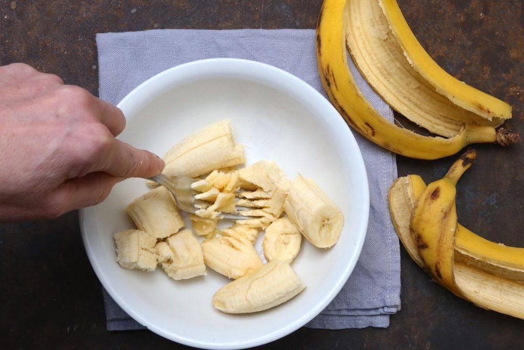 1_schiacciare le babane_biscotti alle banane©Gooduria lab copia