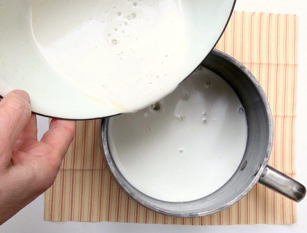 5_trasferite la crema in pentola_crema al rum©Gooduria lab