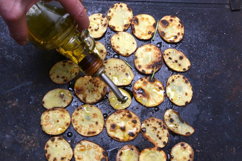 6_irrorate olio di oliva_patate alla piota©Gooduria lab