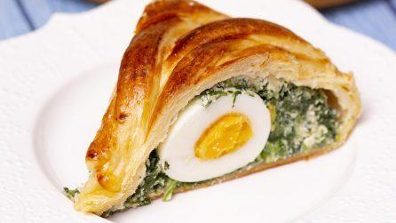 Corona di pasta sfoglia: la ricetta della torta salata deliziosa e scenografica