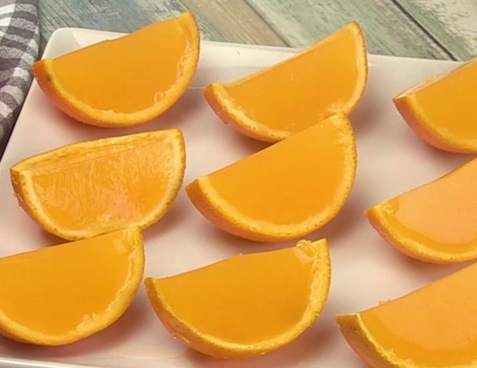 Gelatine all'arancia: la ricetta del dessert leggero e delizioso