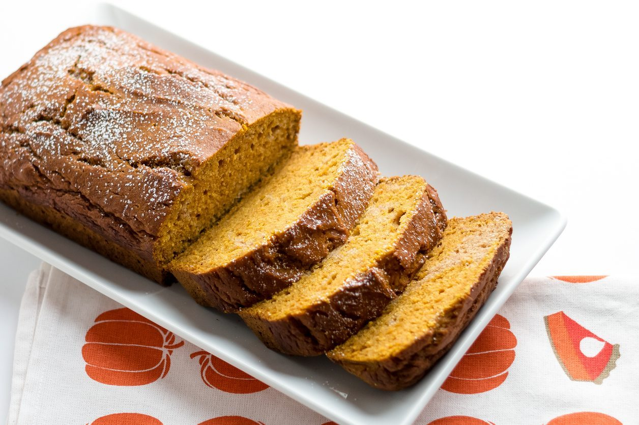 Plumcake all'olio: la ricetta del dolce all'olio di oliva soffice e delizioso