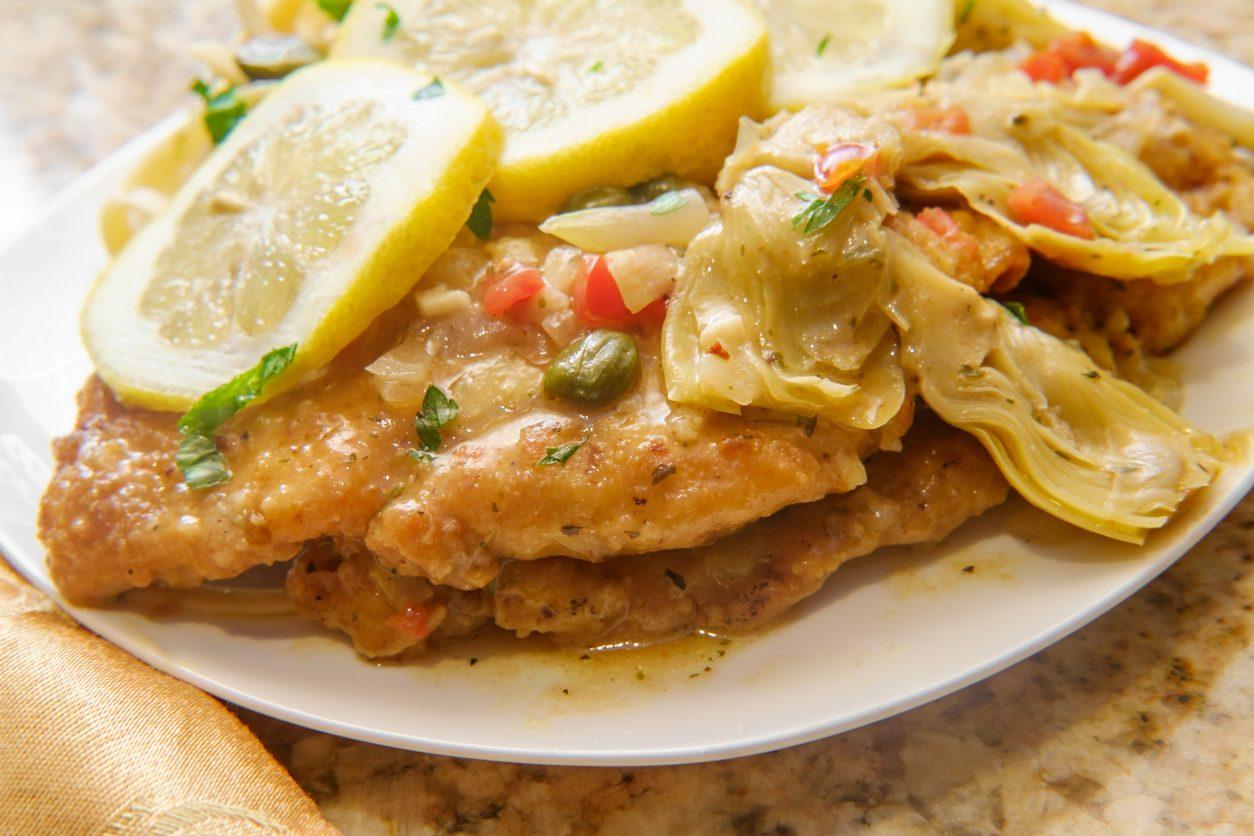 Scaloppine ai carciofi: la ricetta del secondo piatto facile e appetitoso