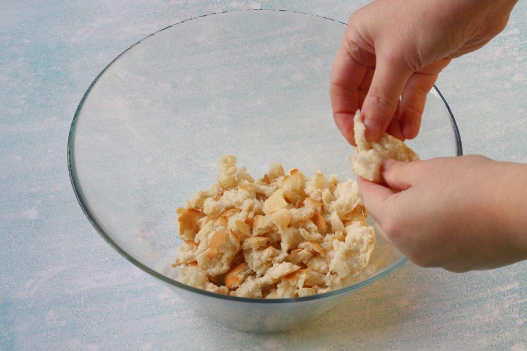 sminuzzare il pane