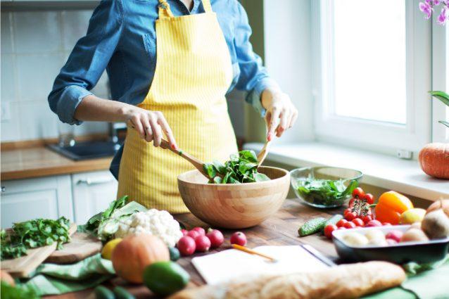 15 attrezzi da cucina indispensabili per mangiare sano