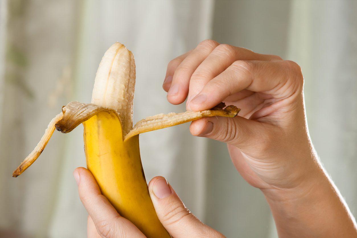 Filamenti e bucce delle banane, una miniera di proprietà nutritive