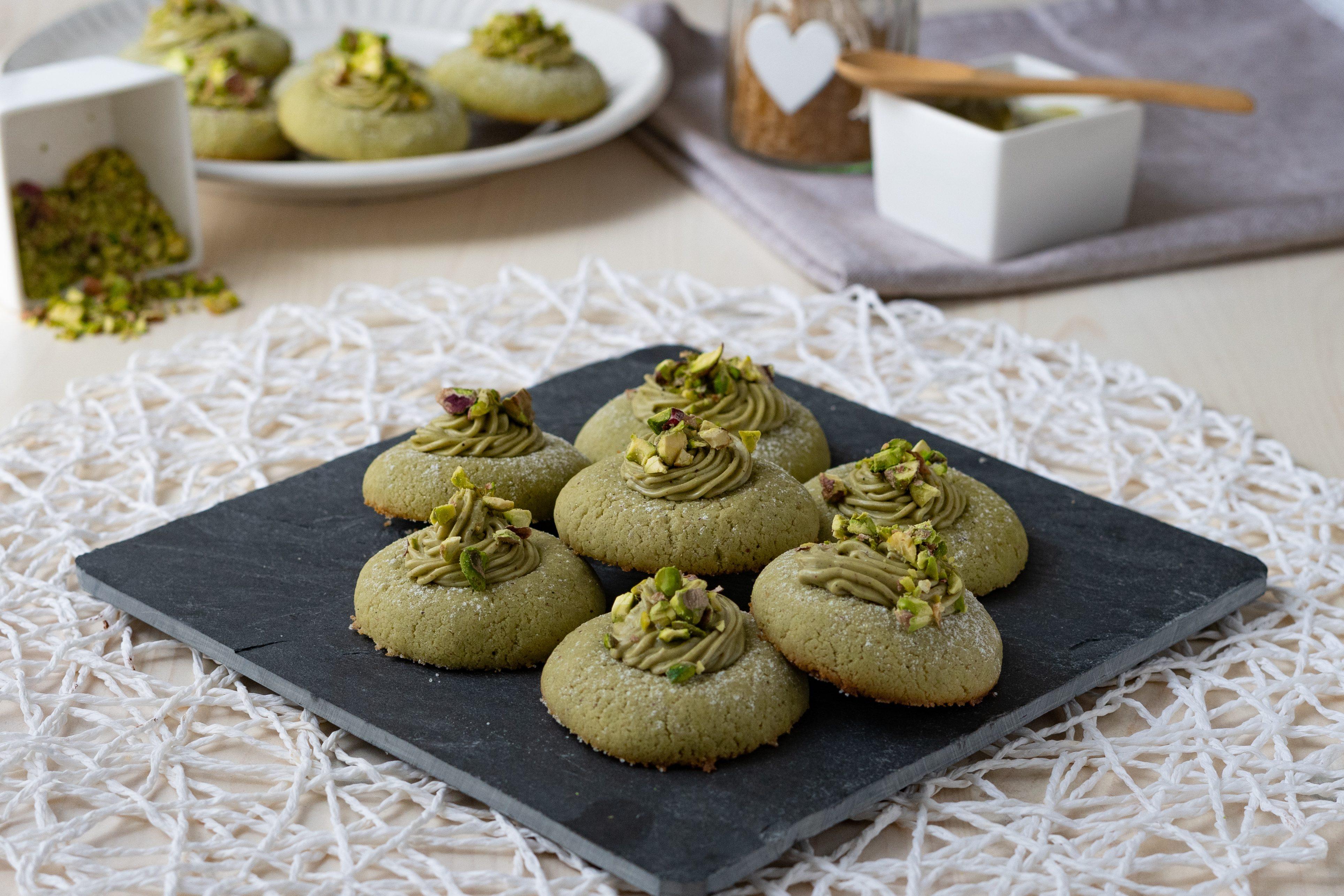 Pistacchiotti: la ricetta dei golosi biscottini con crema di pistacchio