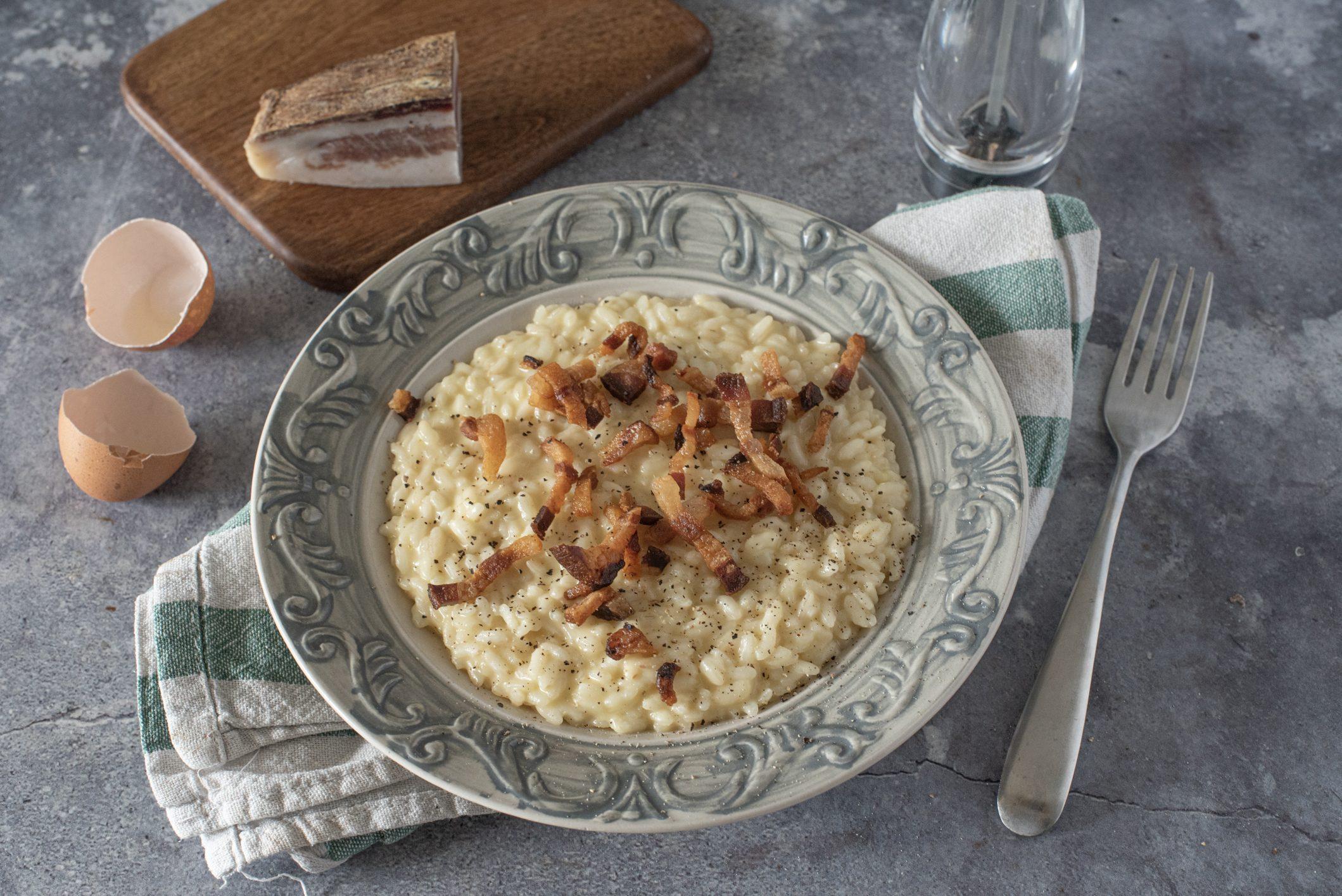 Risotto alla carbonara: la ricetta del piatto gustoso e creativo