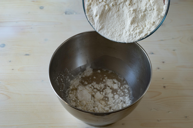 aggiungere farina