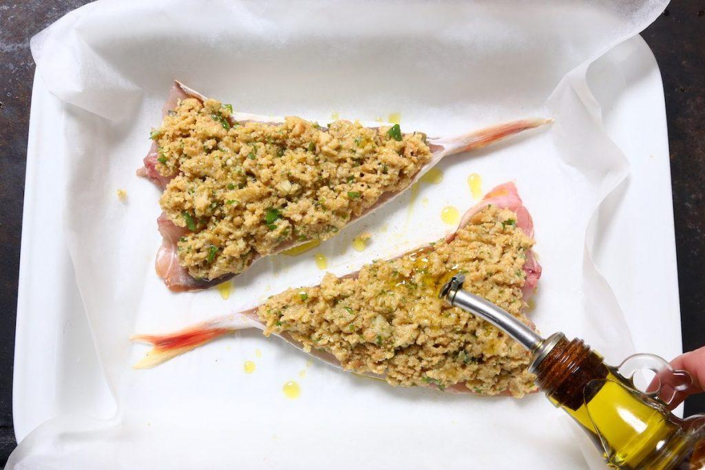 4_irrorare olio_gallinella di mare gratinata con patate©Gooduria lab